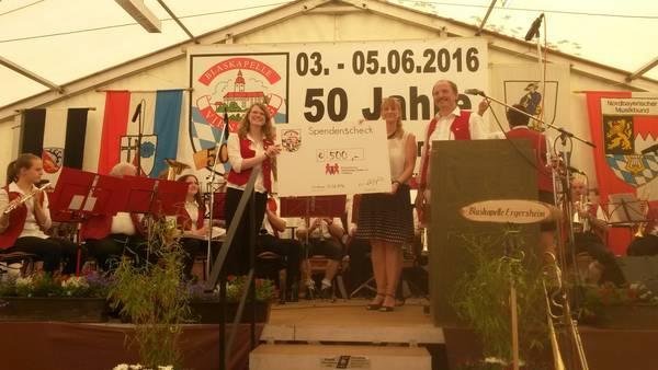 Blaskapelle Virnsberg spendet an EKK